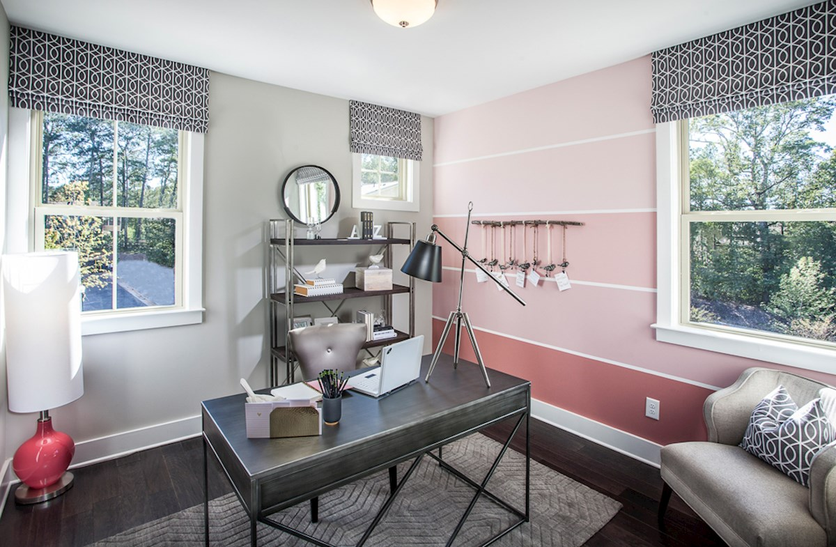 Towns at North Peachtree Camden spacious secondary bedrooms