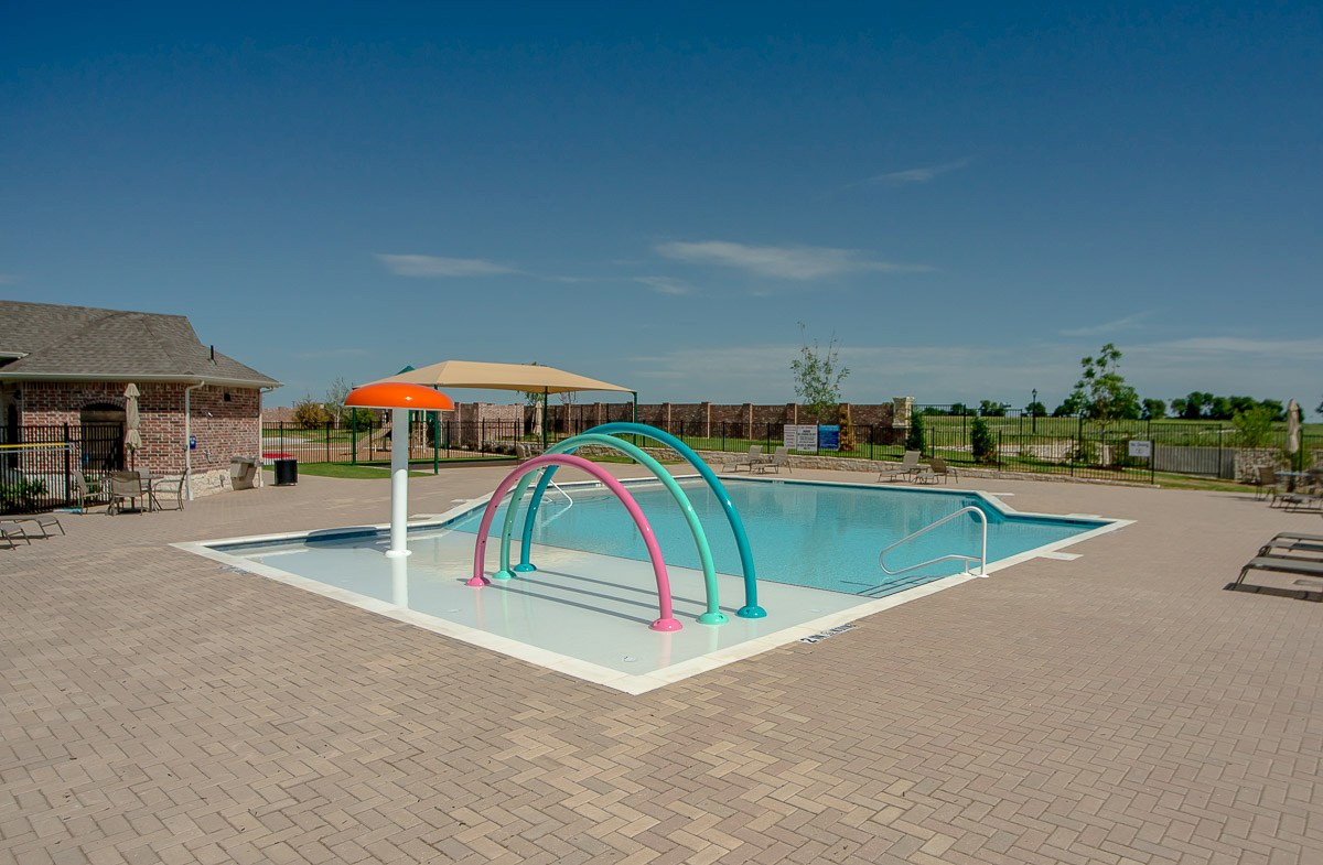 pool with splash area