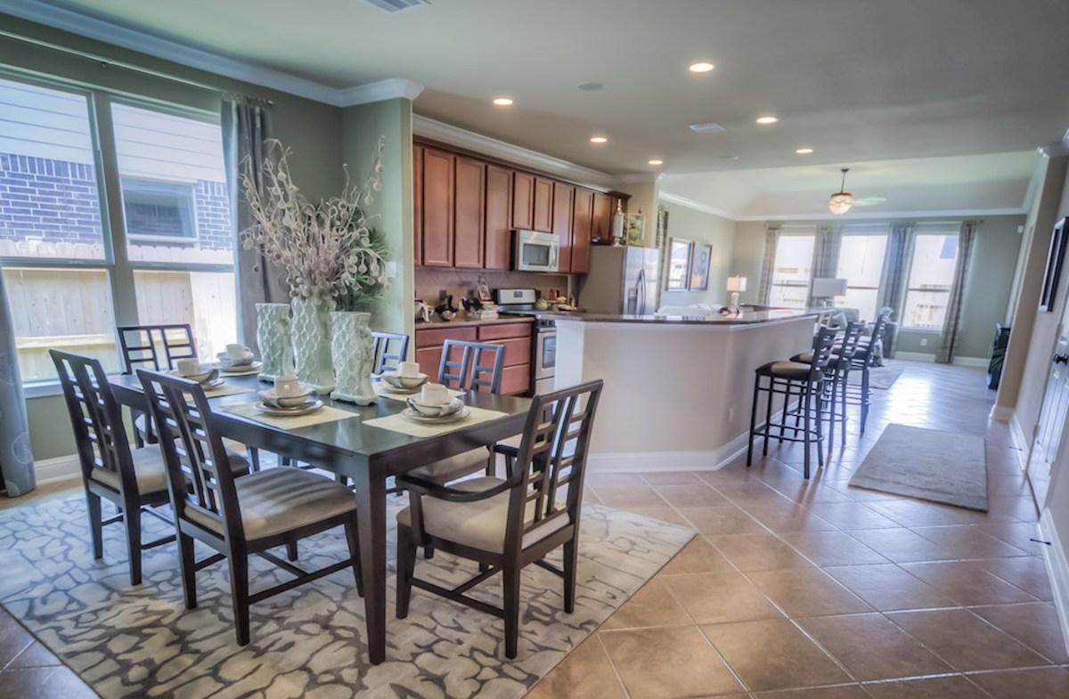 Bridgeland: Parkland Village Capri flexible dining room