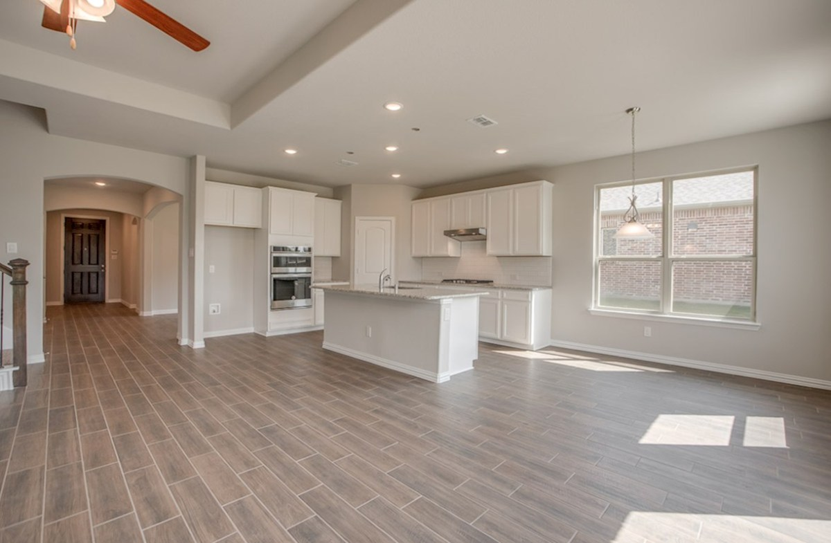 Avalon quick move-in Avalon kitchen opens directly to breakfast nook