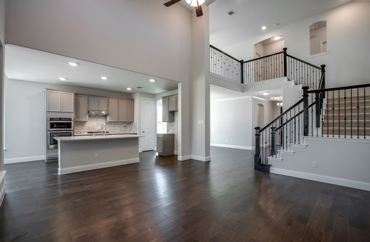 Richland quick move-in open great room with wood floors