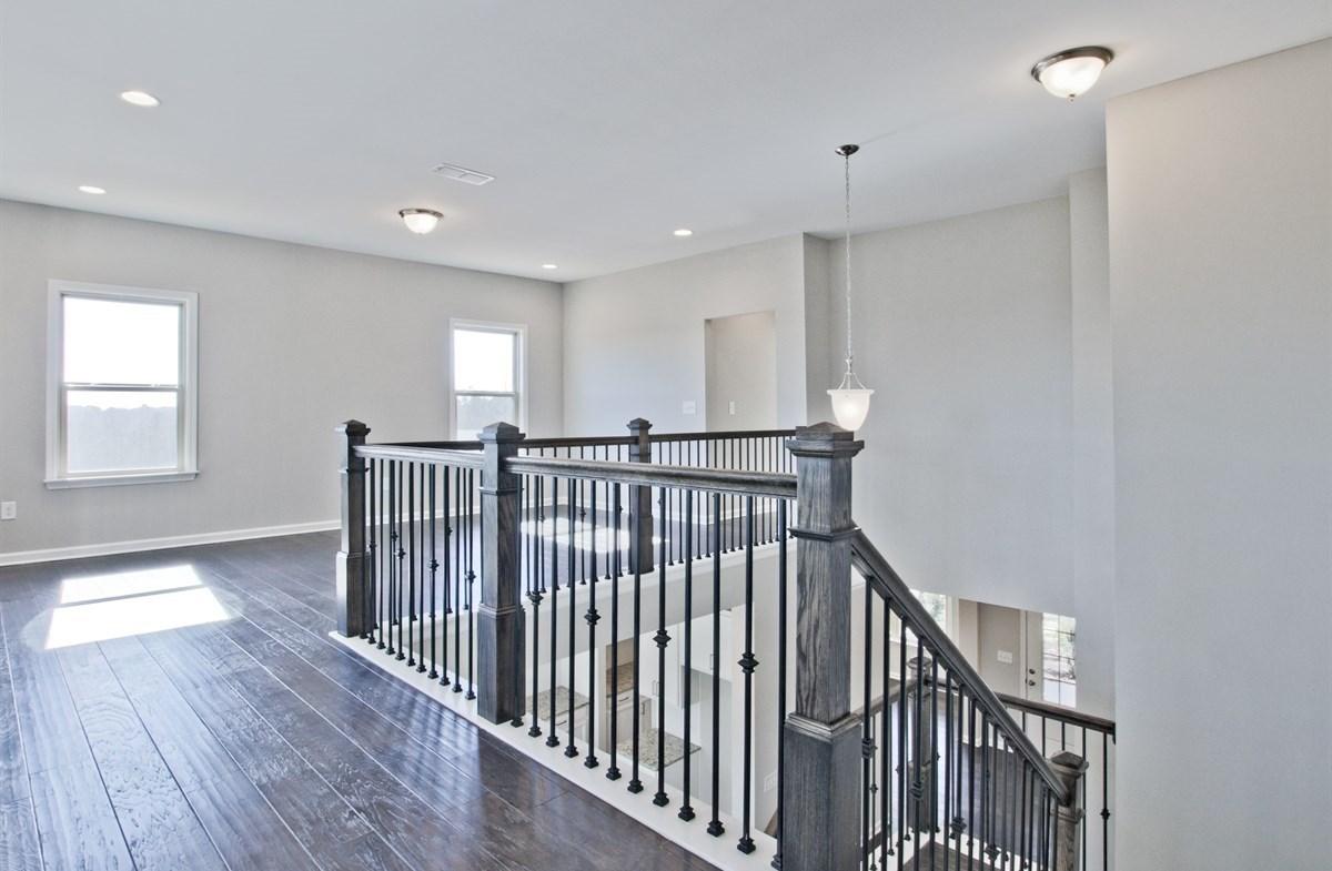 Dogwood II quick move-in Loft with hardwood floors