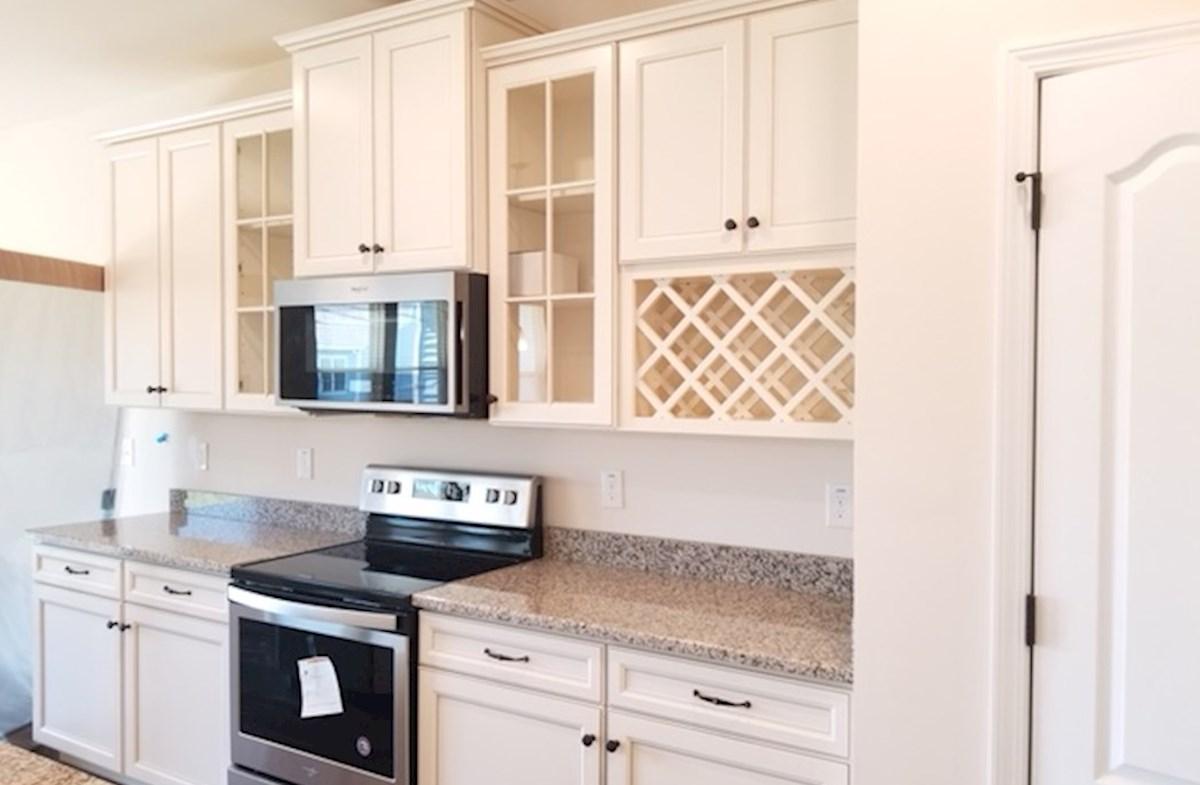 Valleydale quick move-in bright kitchen