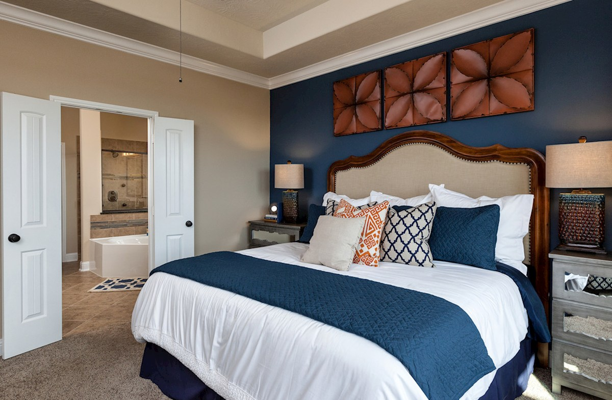Hayden Lakes Cameron private Cameron master bedroom