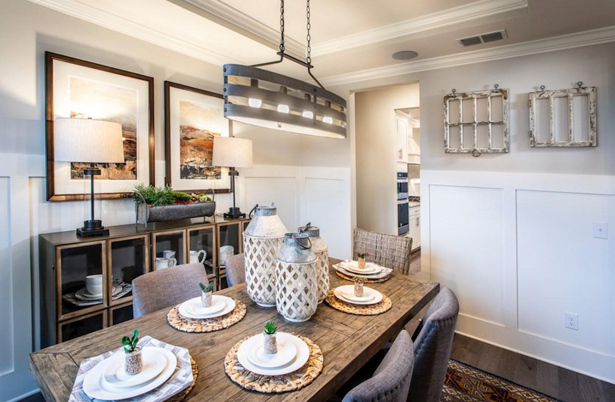 Herrington Dogwood II formal dining room