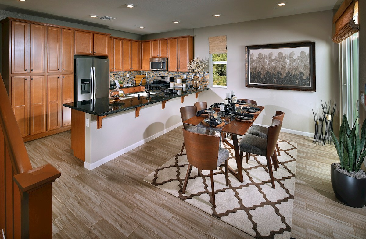 Natomas Field Weston Expansive kitchen peninsula