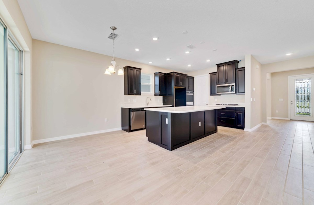 Bolton quick move-in kitchen and casual dining