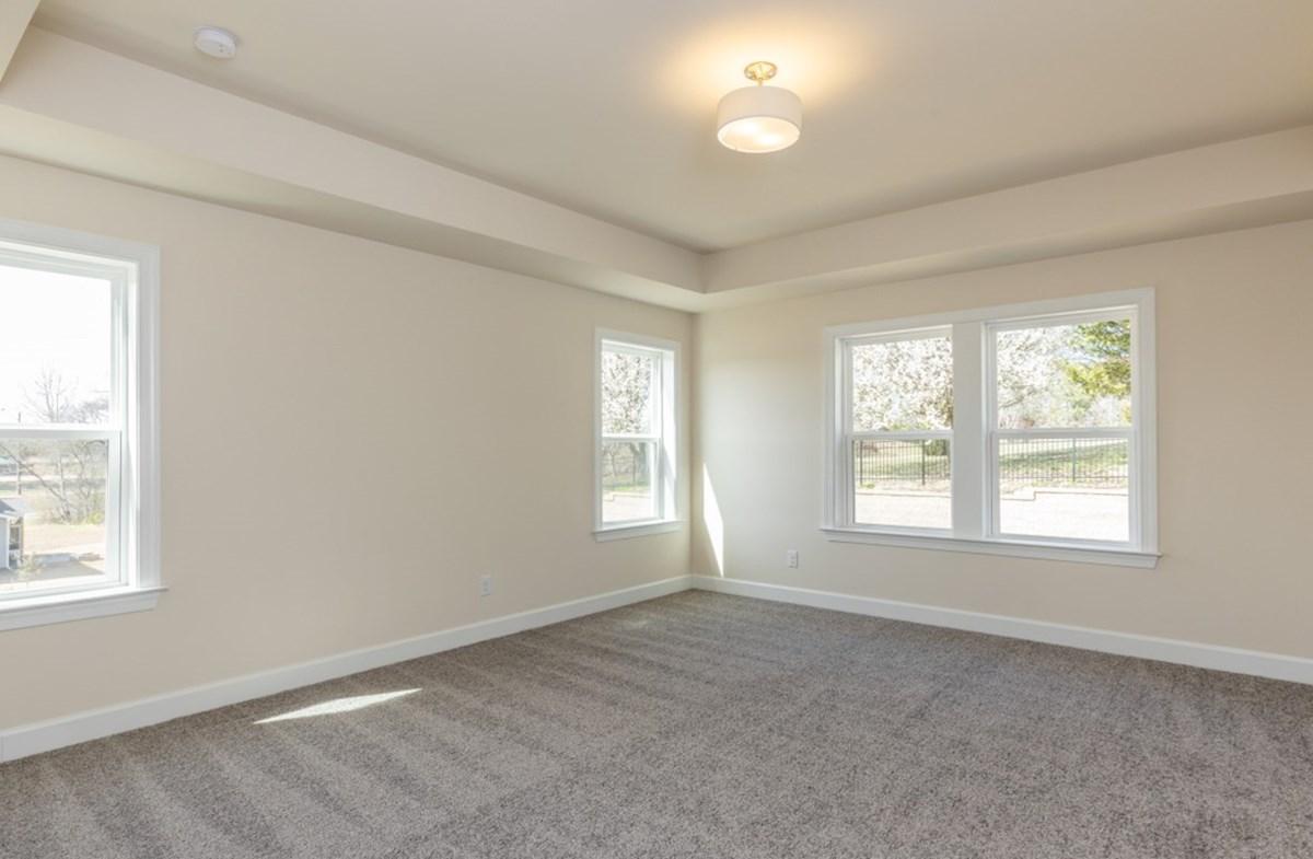 Bridgeport Suzanne Suzanne master bedroom