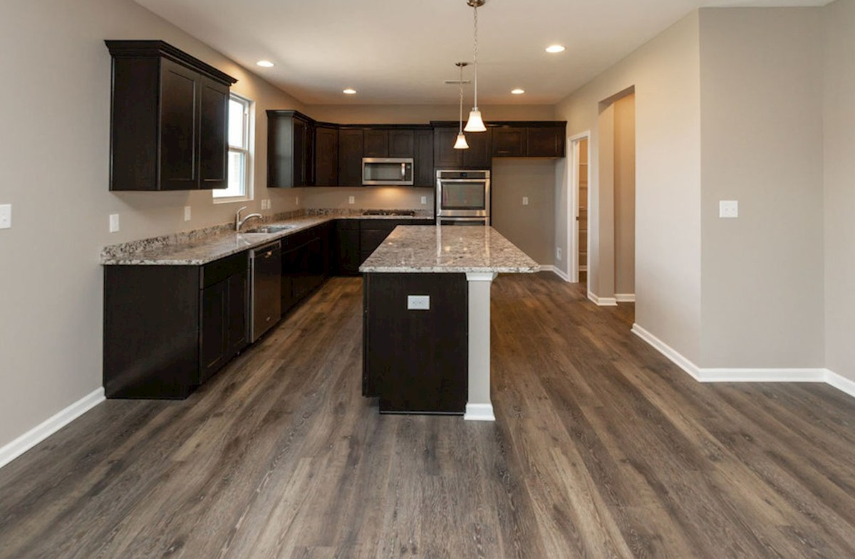Lawrence quick move-in Gourmet kitchen with double oven