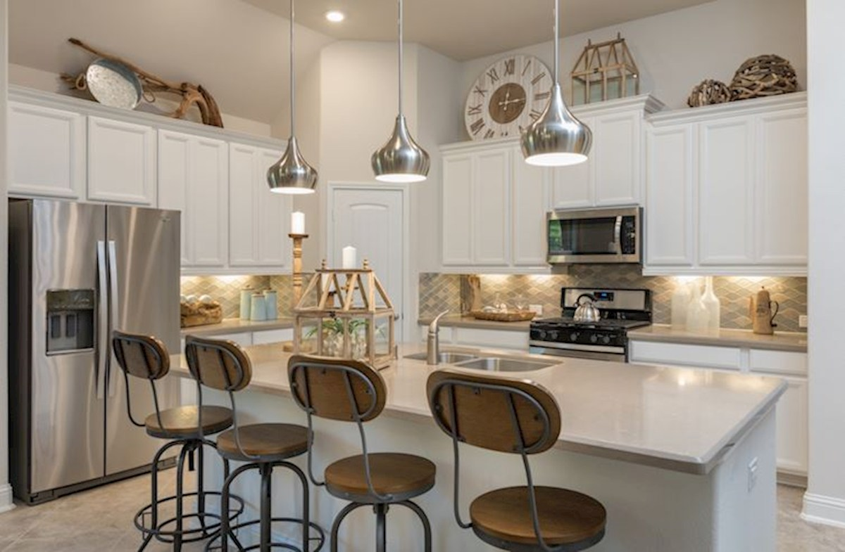 Bridgeland: Parkland Village Madison spacious Choice Kitchen