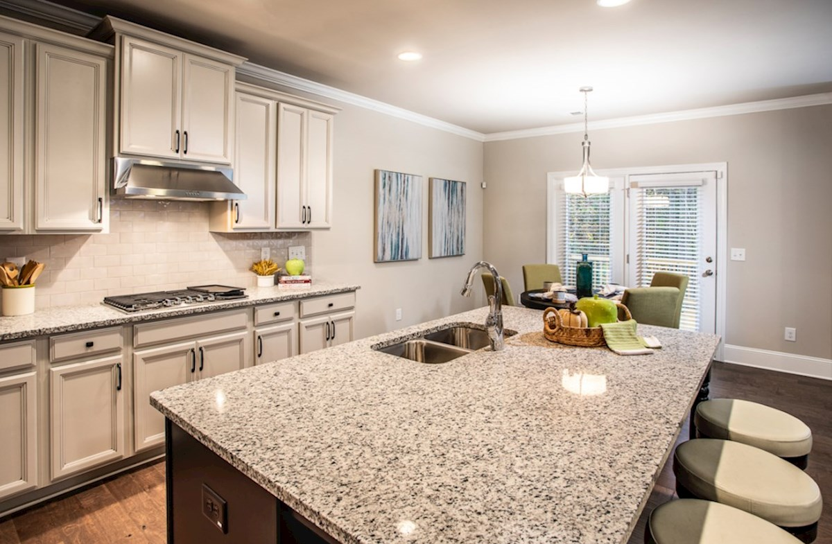 Laurelwood quick move-in Kitchen with granite countertops