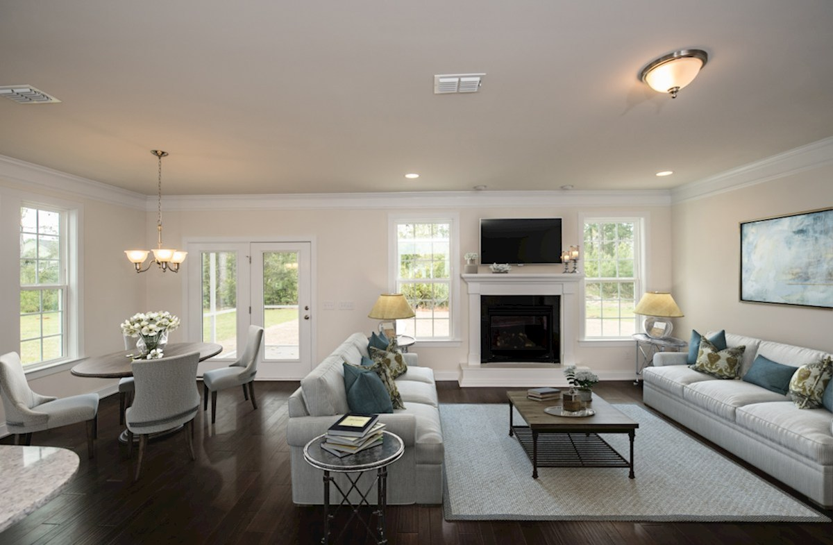 Jasmine Point at Lakes of Cane Bay Sweetgum bright great room