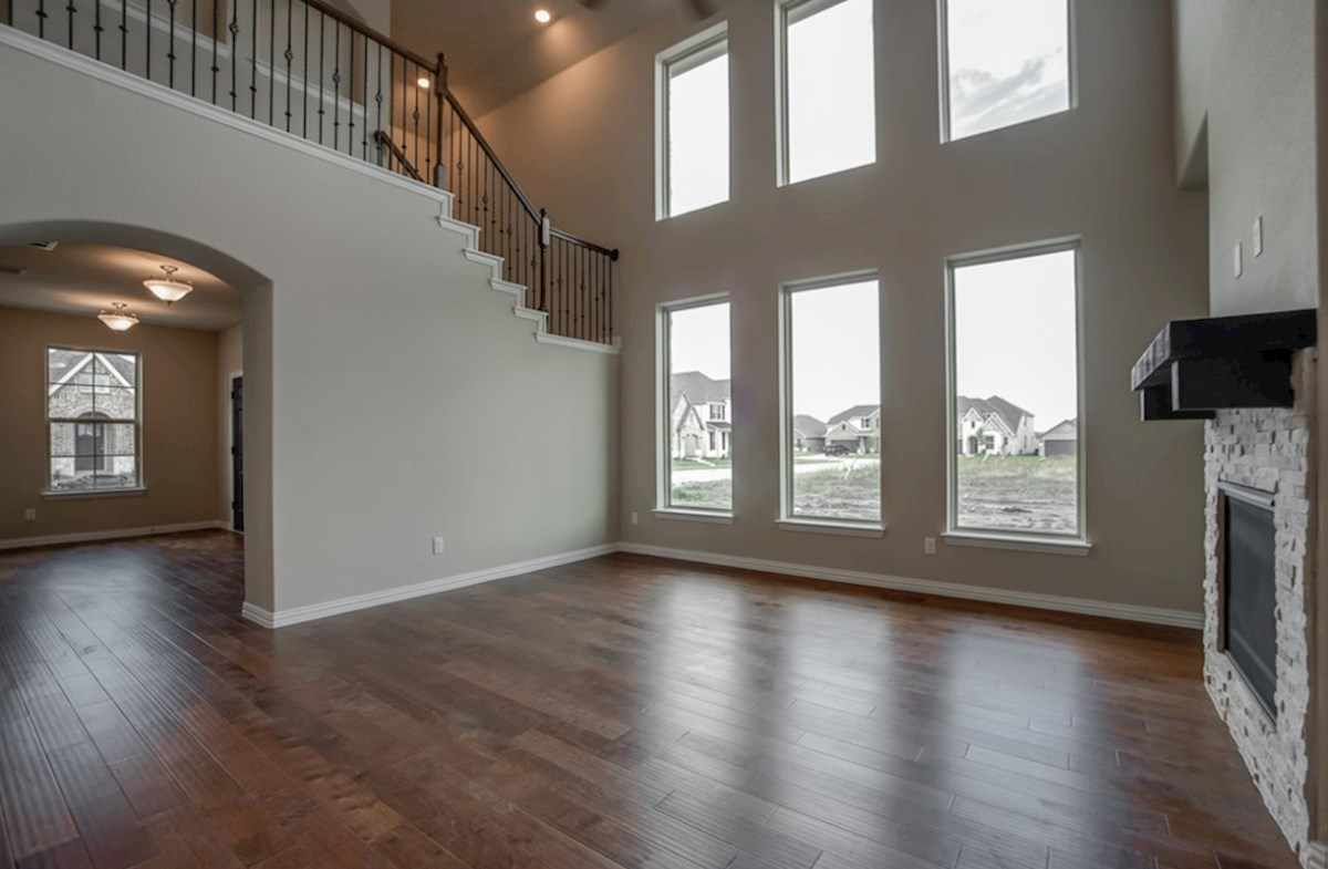 Fairfield quick move-in open great room with tall ceilings and high windows