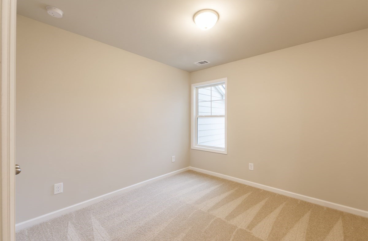 Rabun quick move-in Carpeted Secondary Bedroom