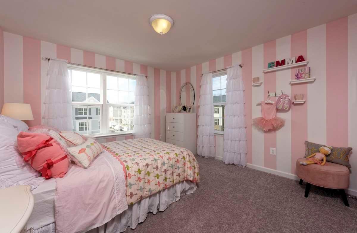 Vienna Secondary Bedroom