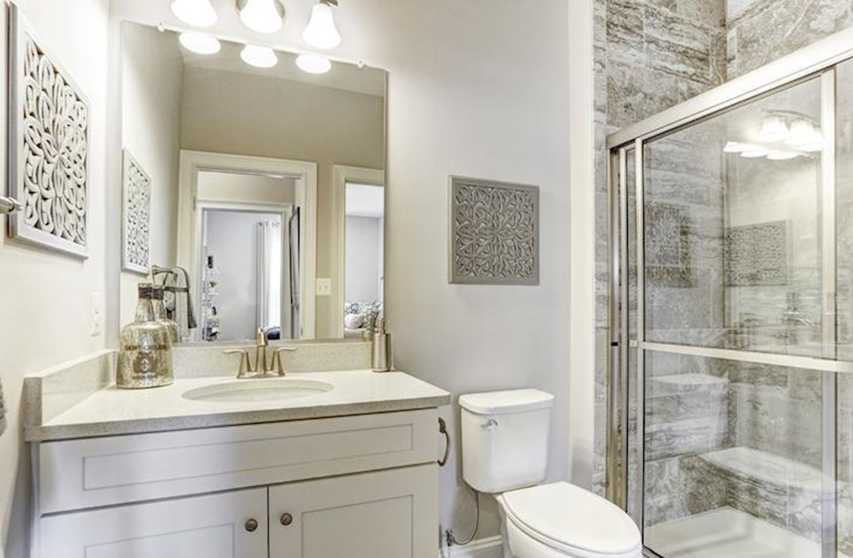 Wincopia Farms Brookview Secondary bathroom perfect for guests