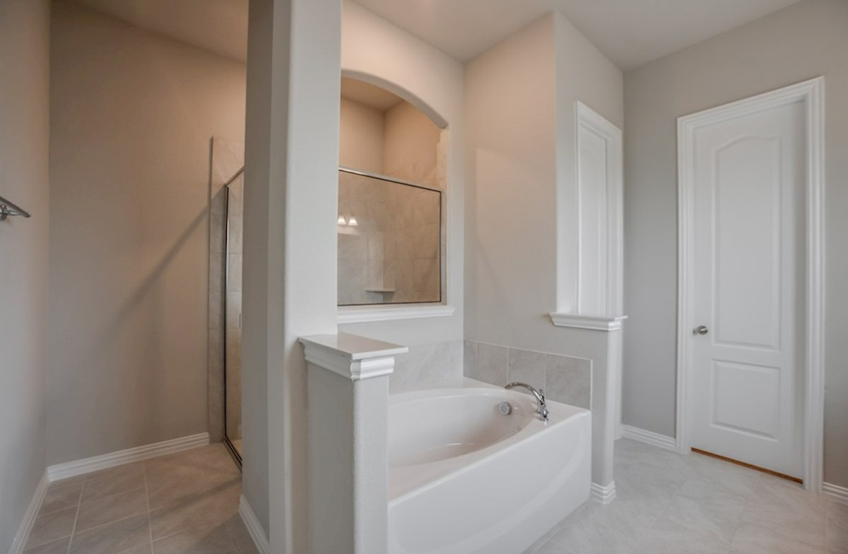 Brighton quick move-in master bathroom with walk-in shower and soaking tub