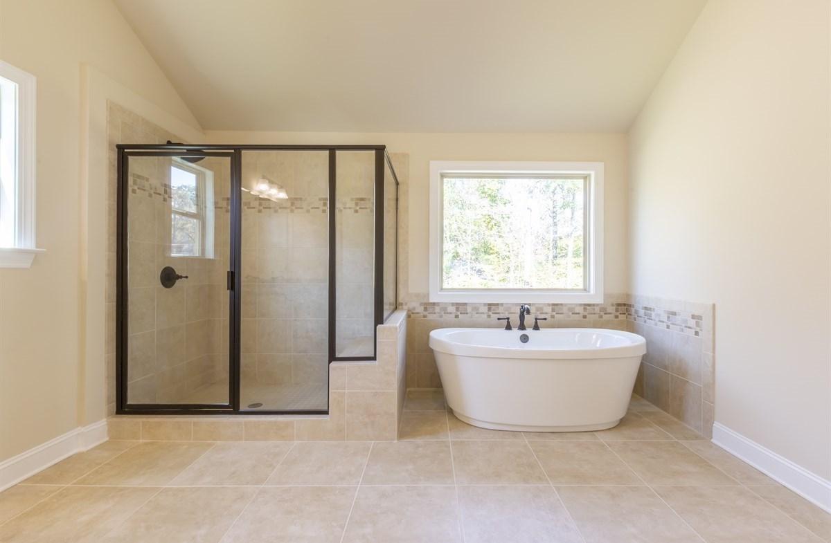 Stockton quick move-in Master Bath with soaker tub