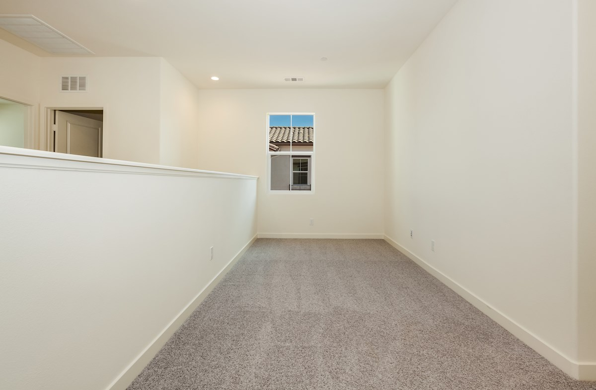 Primrose quick move-in versatile open loft