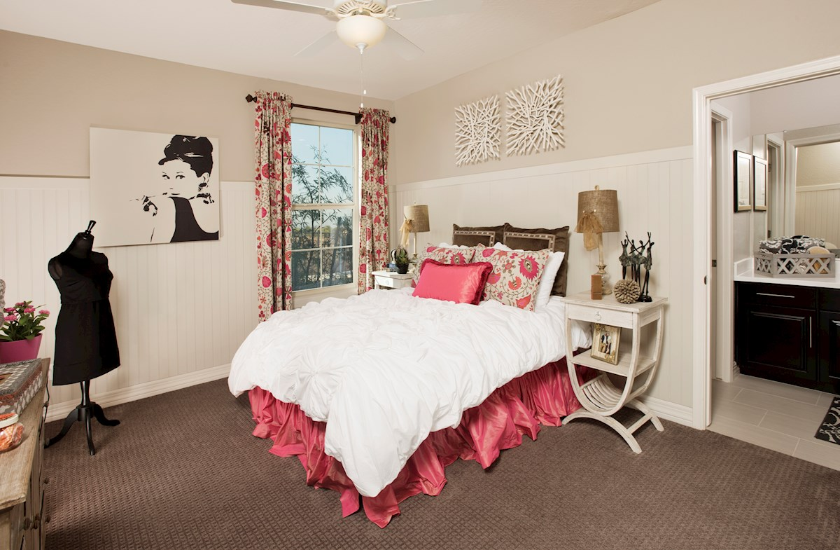 Alessandria at Windrose Winslow open bedroom