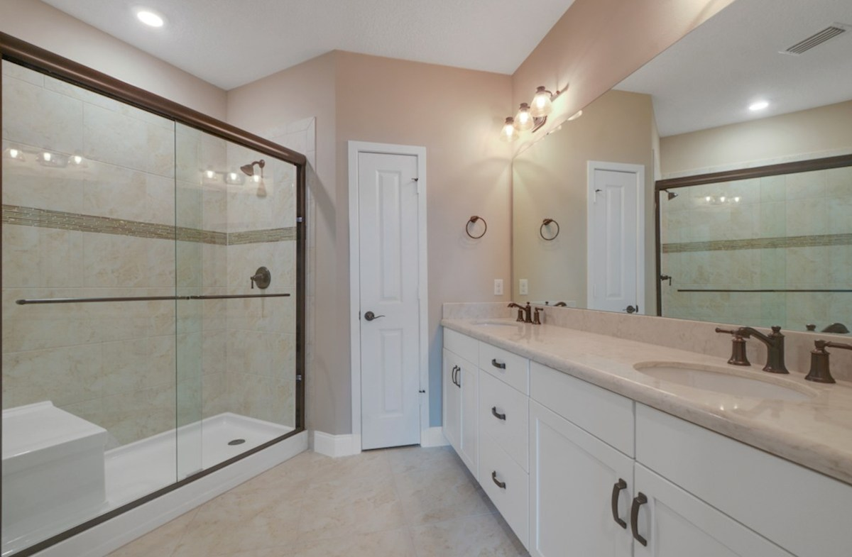 Chestnut quick move-in blissful master bathroom