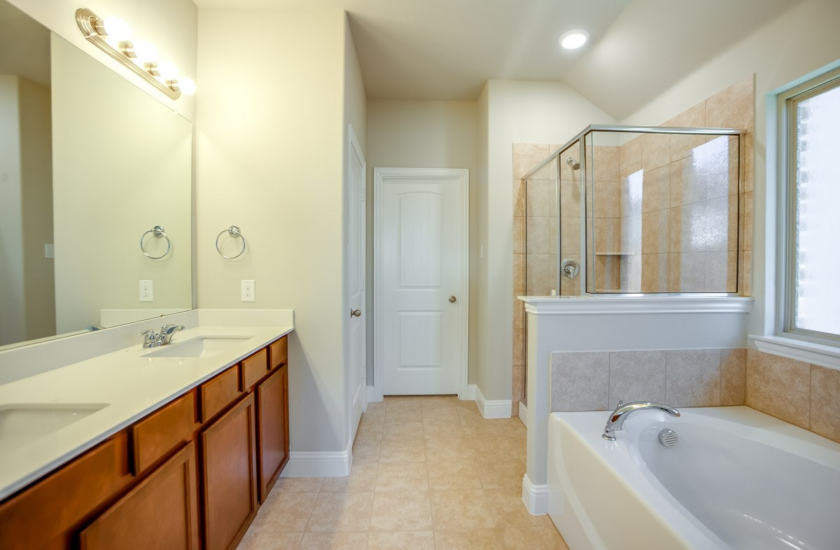 Baxter quick move-in master bath shower and soaking tub