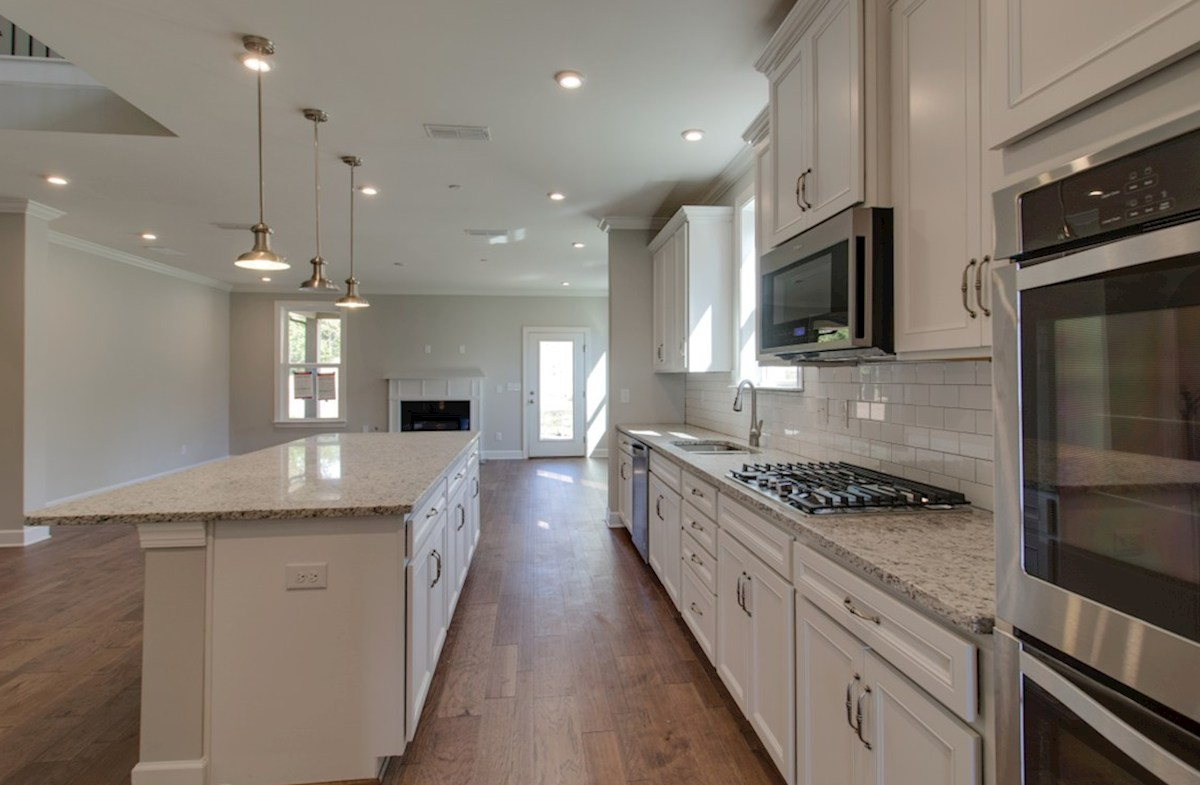 Dogwood quick move-in spacious kitchen overlooking great room