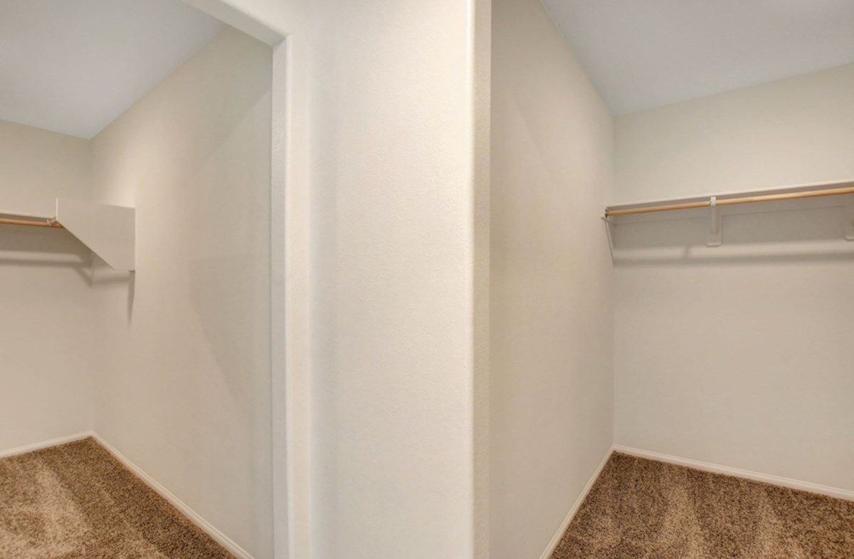 Verano quick move-in His and Hers Walk-in Closets in master