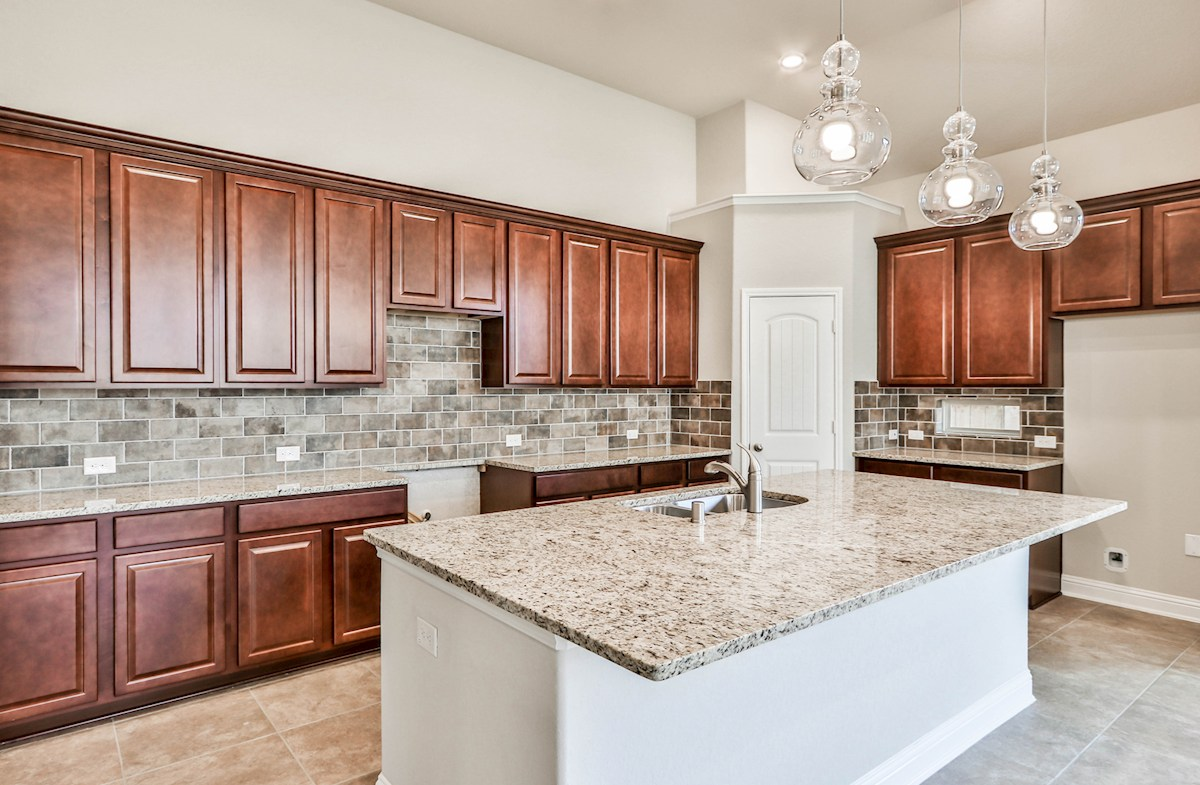Sedona quick move-in spacious Choice kitchen