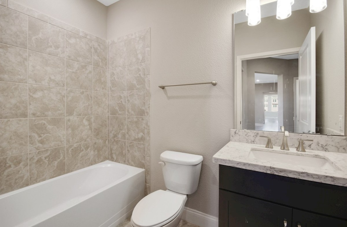 Dogwood quick move-in secondary bathroom