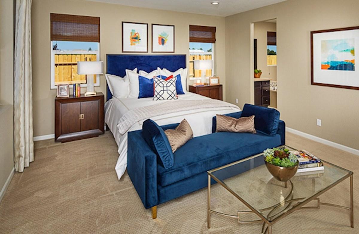 Orchard Glen Shasta Shasta master bedroom