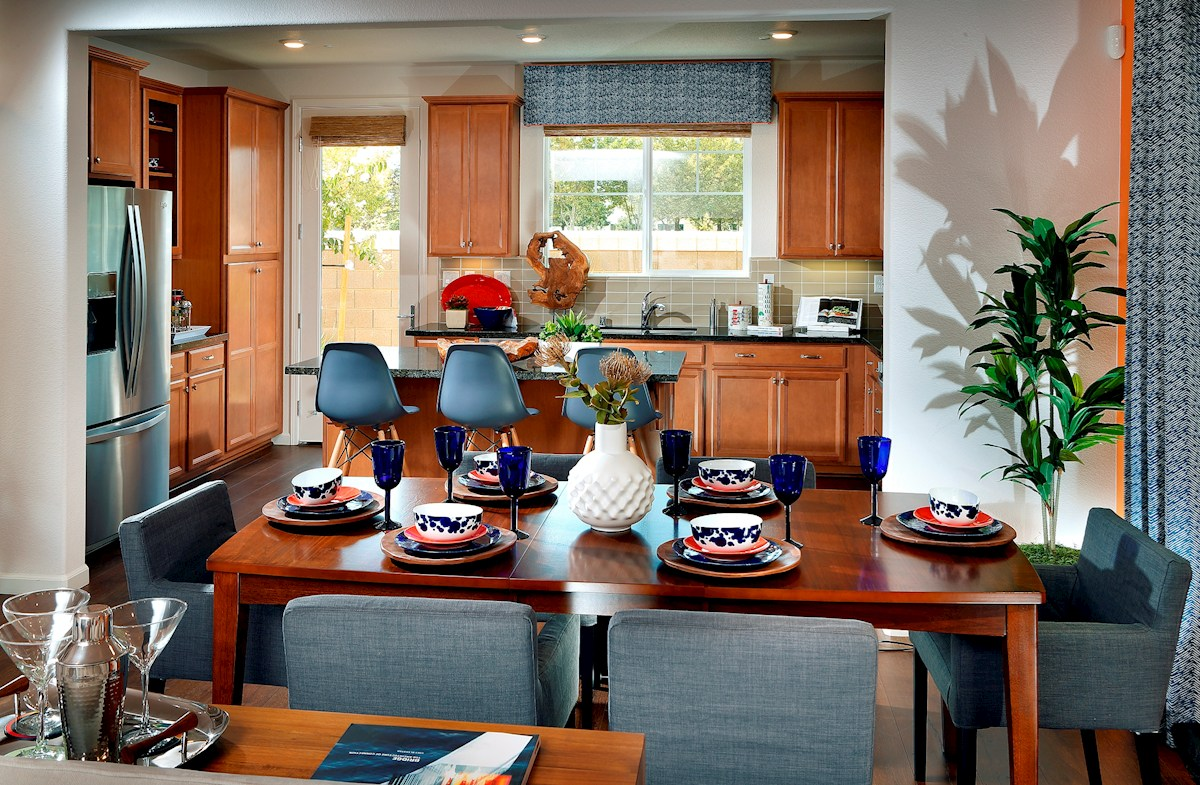 Capital Village Residence 1 dining room