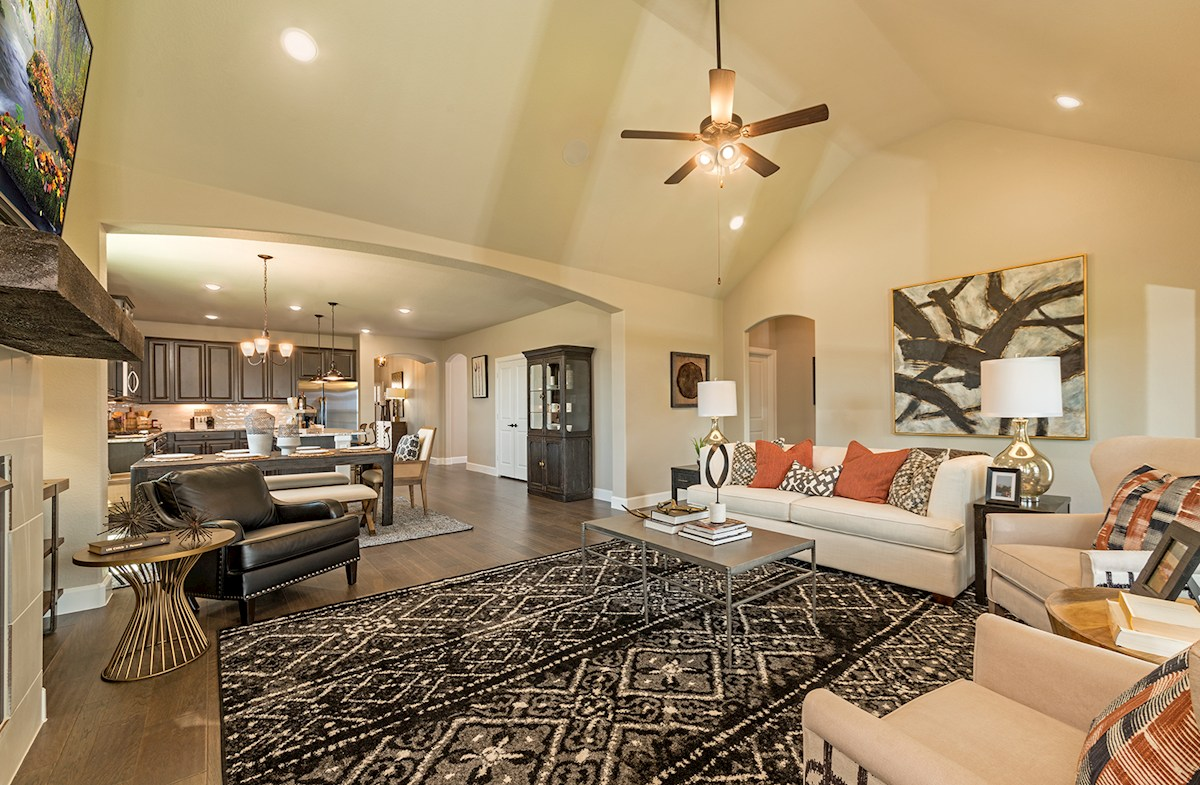 Laredo great room with vaulted ceilings