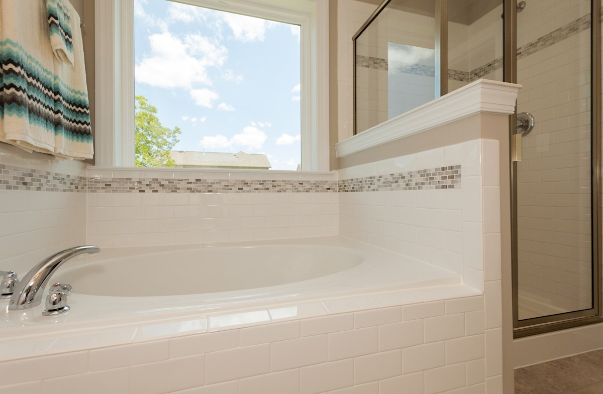 Nichols Vale Concord relaxing soaking tub in master bath