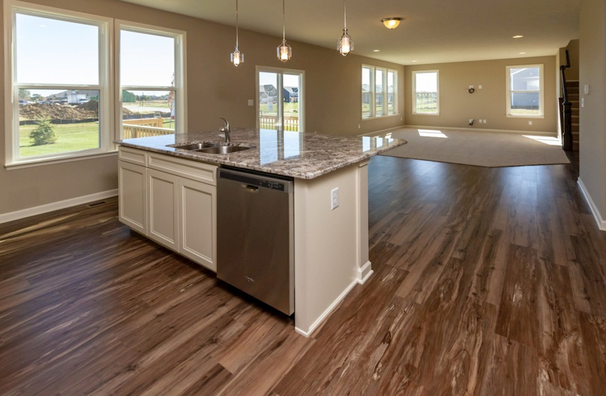 Porter quick move-in Open concept kitchen for the entertainer