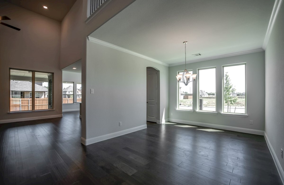 Richland quick move-in open dining room with wood floors