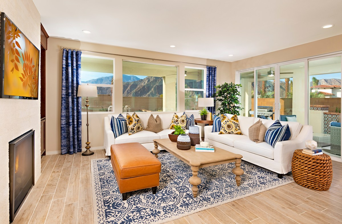 Spacious great room for entertaining