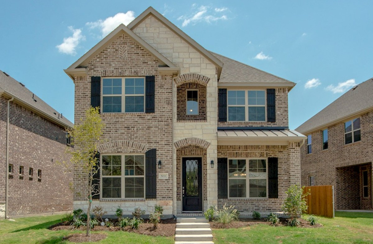Hamilton Elevation French Country L quick move-in