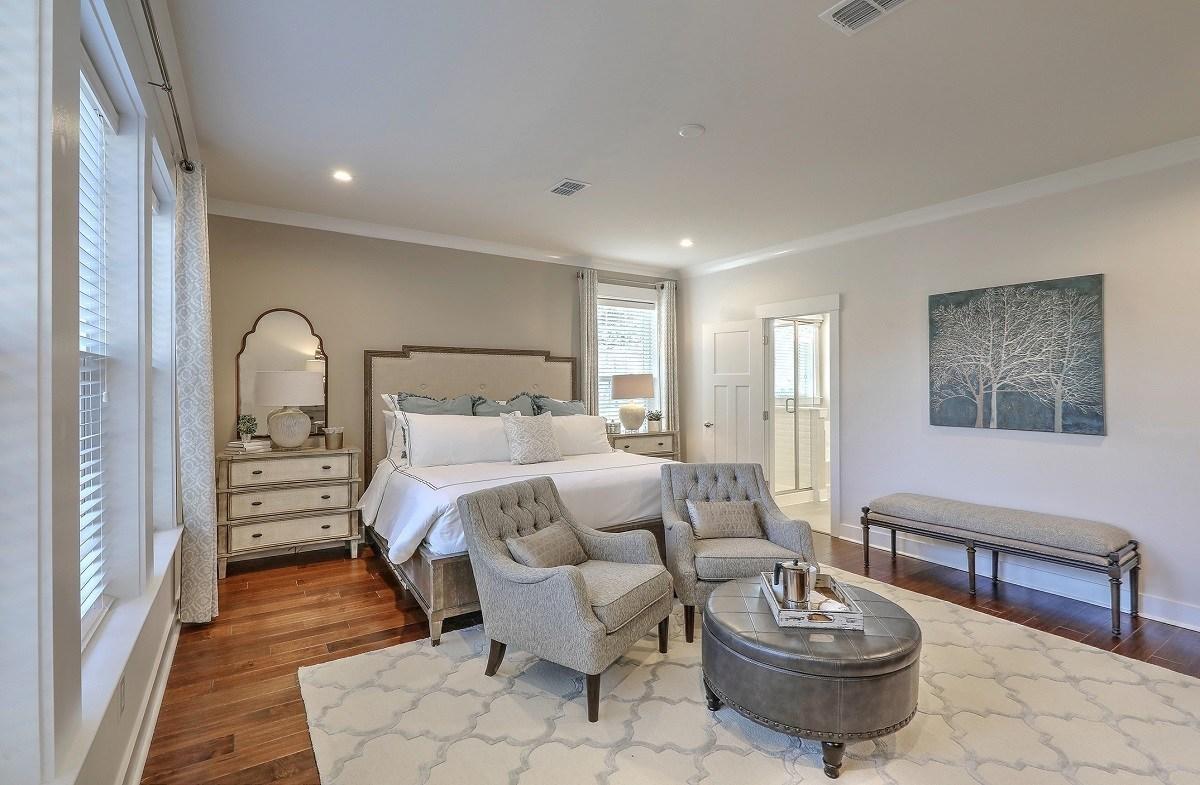Bentley Park Dogwood downstairs master bedroom