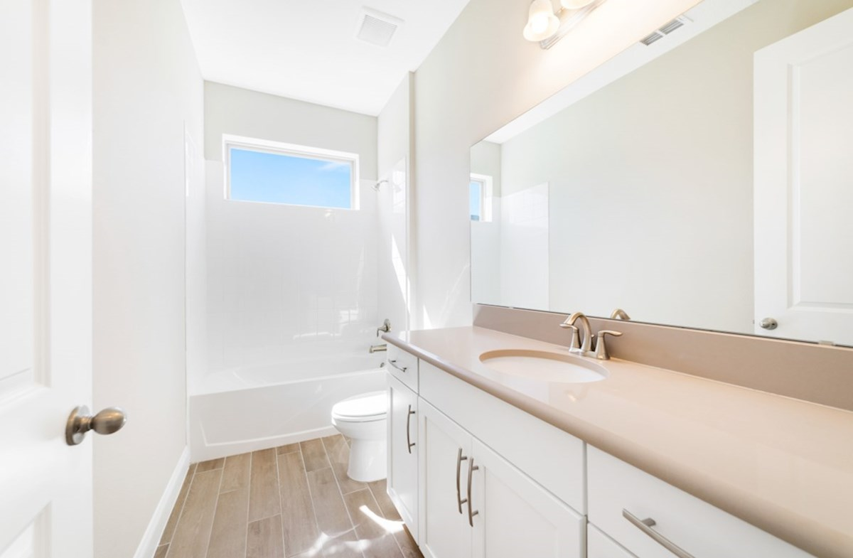 Cascade quick move-in secondary bathroom
