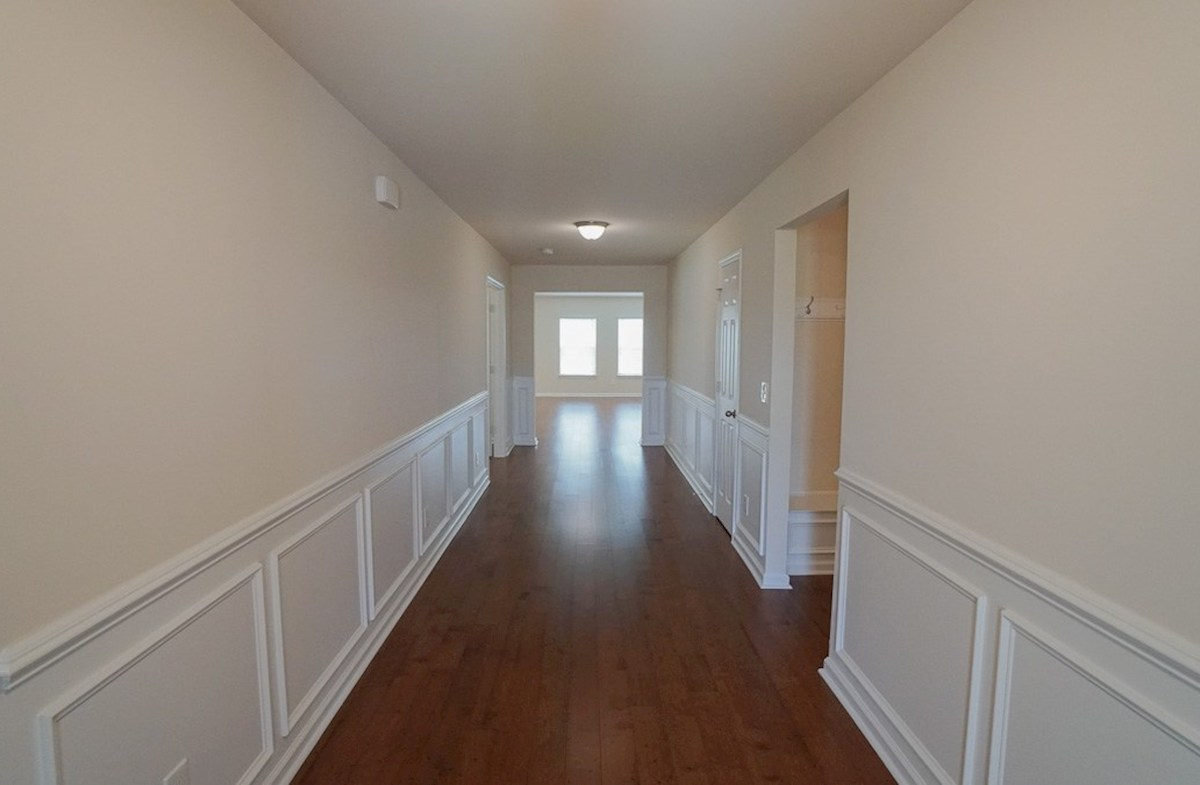 Savannah quick move-in formal foyer