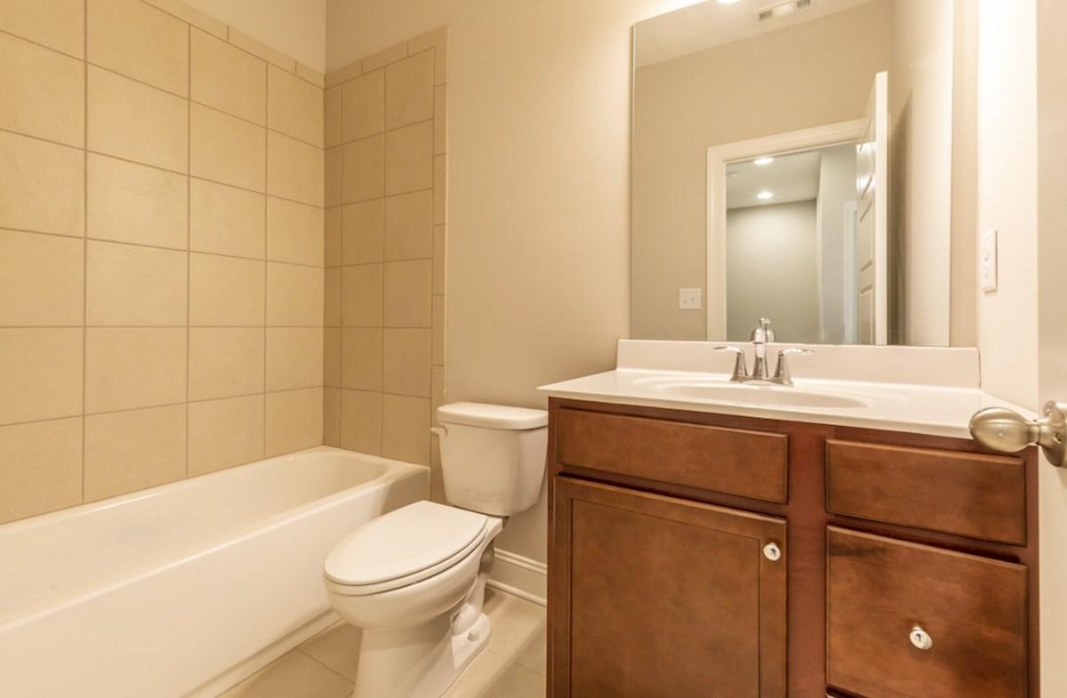 Preston quick move-in Secondary Bathroom