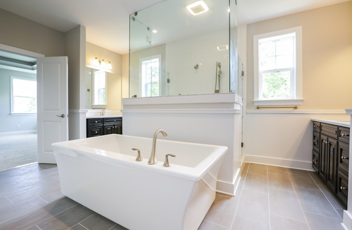 Willowsford Daventry luxury master bathroom