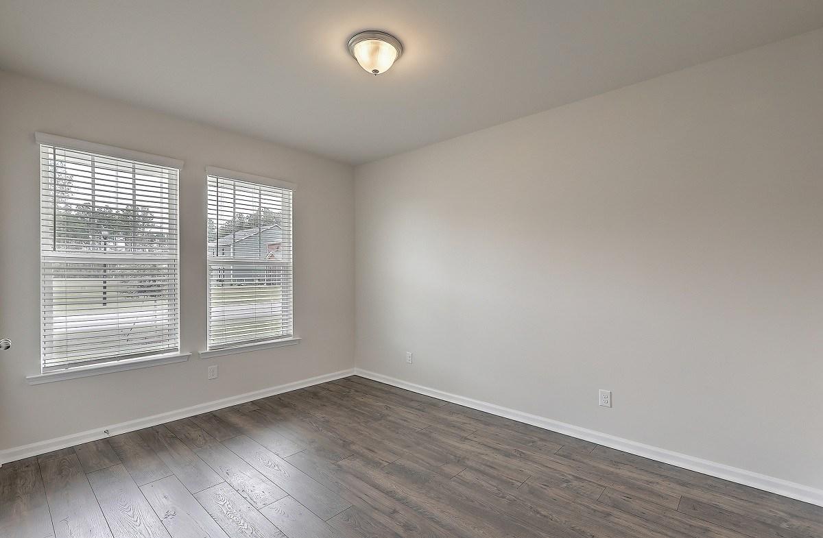 Franklin quick move-in private secondary bedroom