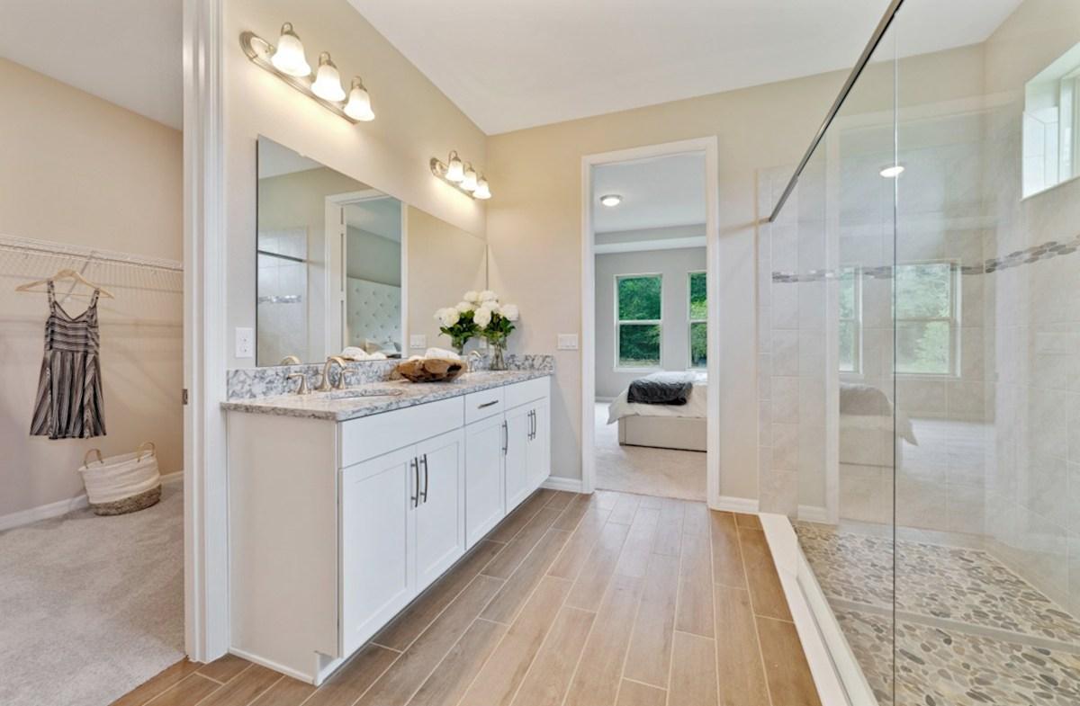 Macarthur II quick move-in luxurious master bathroom