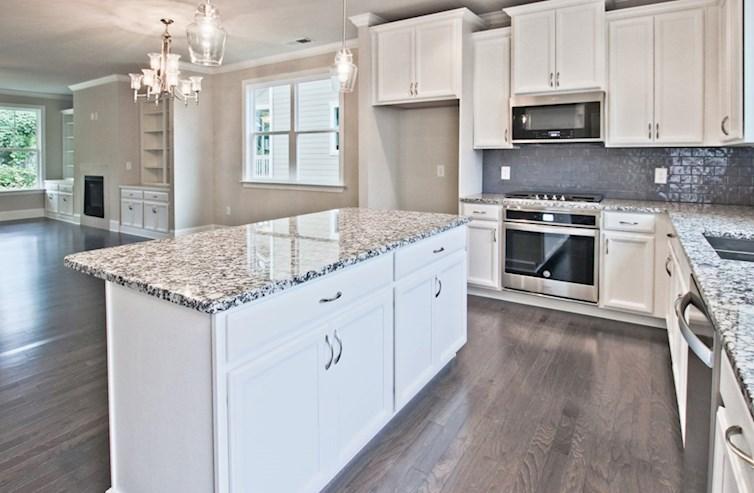 Norwich quick move-in Kitchen with granite countertops