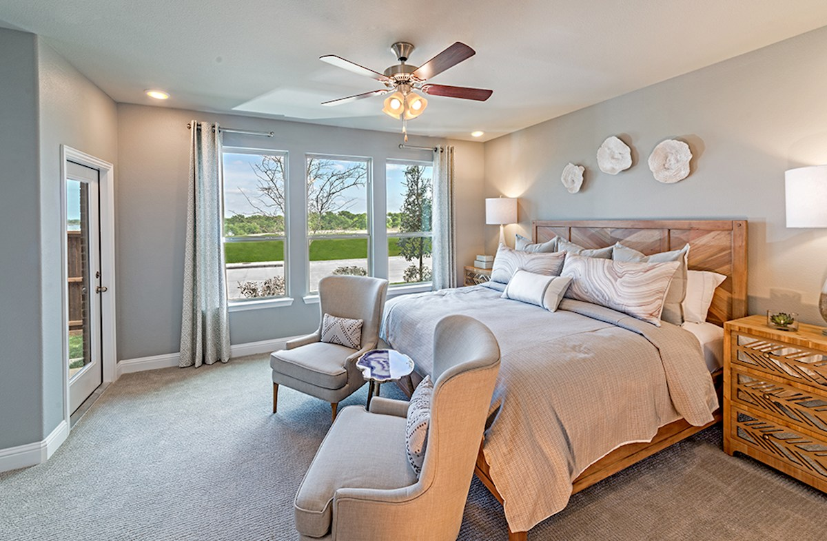 Brazos master bedroom with ceiling fan