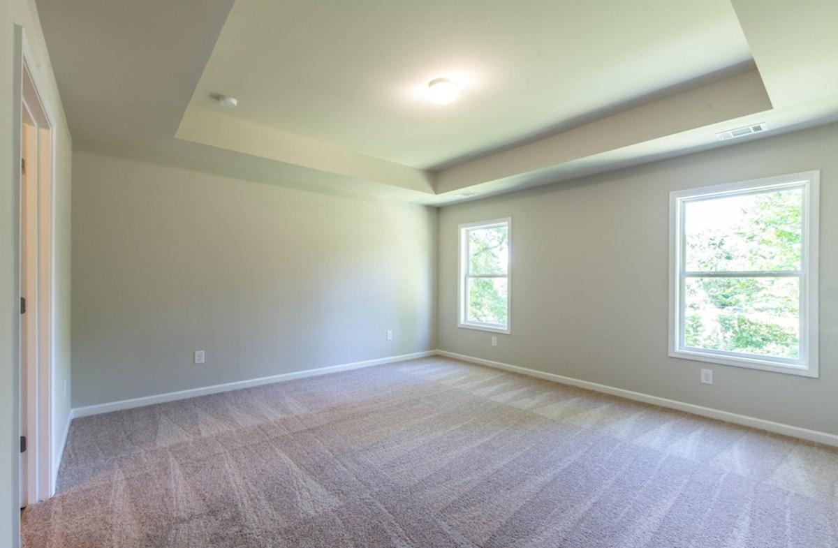 Burton quick move-in Large Master Bedroom
