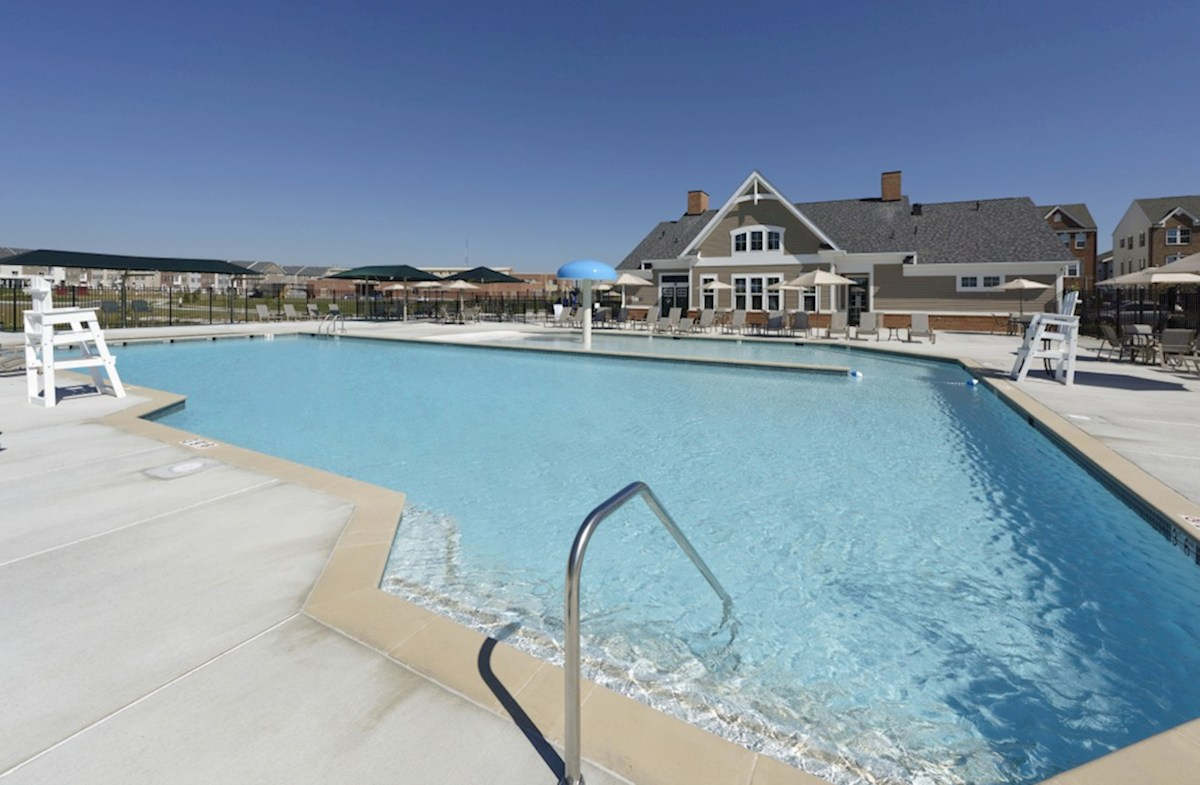 Frederick quick move-in Community Pool