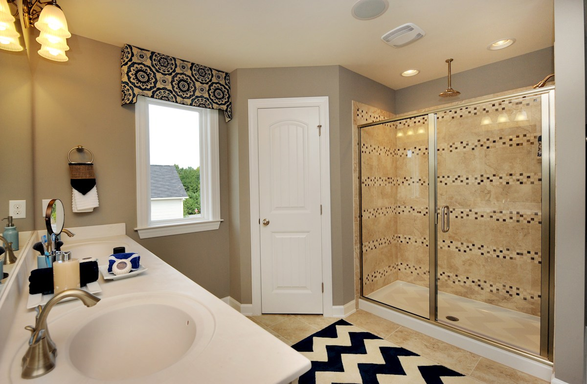 Weaver's Pond Bradley Master bathroom